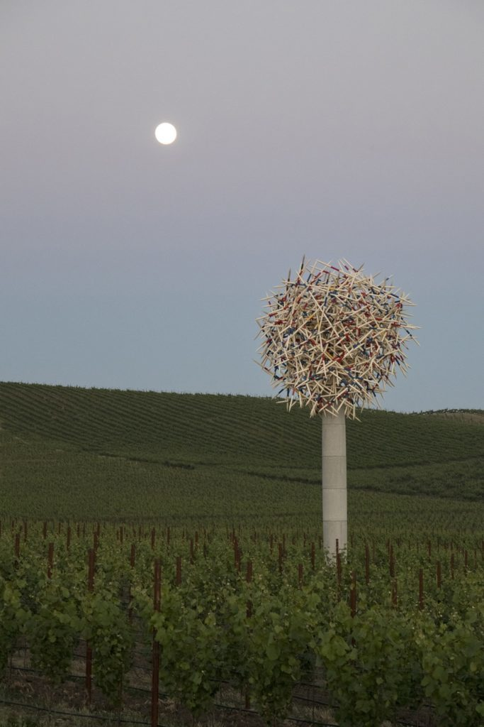 Pascale Marthine Tayou, Mikado Tree (2010) (c) Photo by Robert Berg, Image courtesy Donum Sculpture Collection