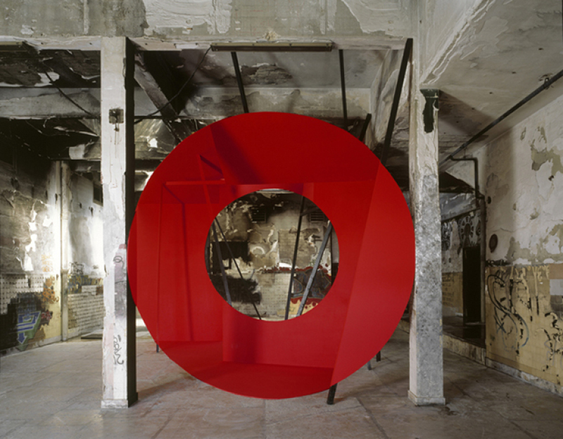 Georges Rousse, Installation station sanitaire, 2011
