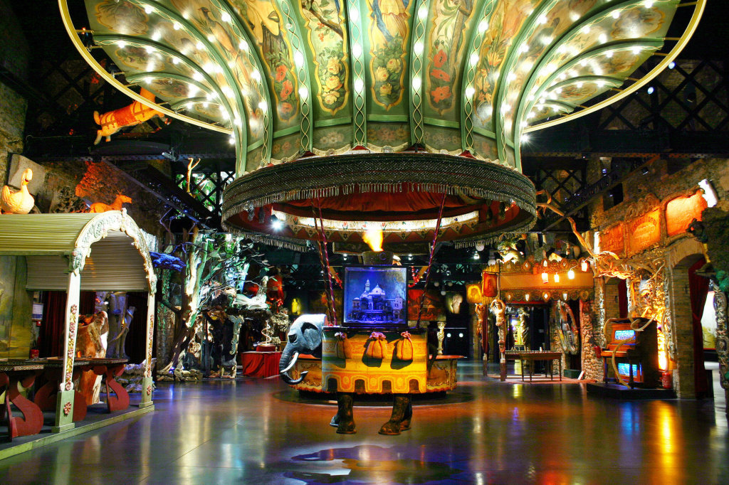 TDM La montgolfière à l'éléphant du Théâtre du Merveilleux