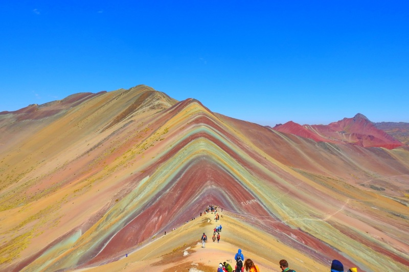 Vinicunca-Mountain-Trek-1-Day