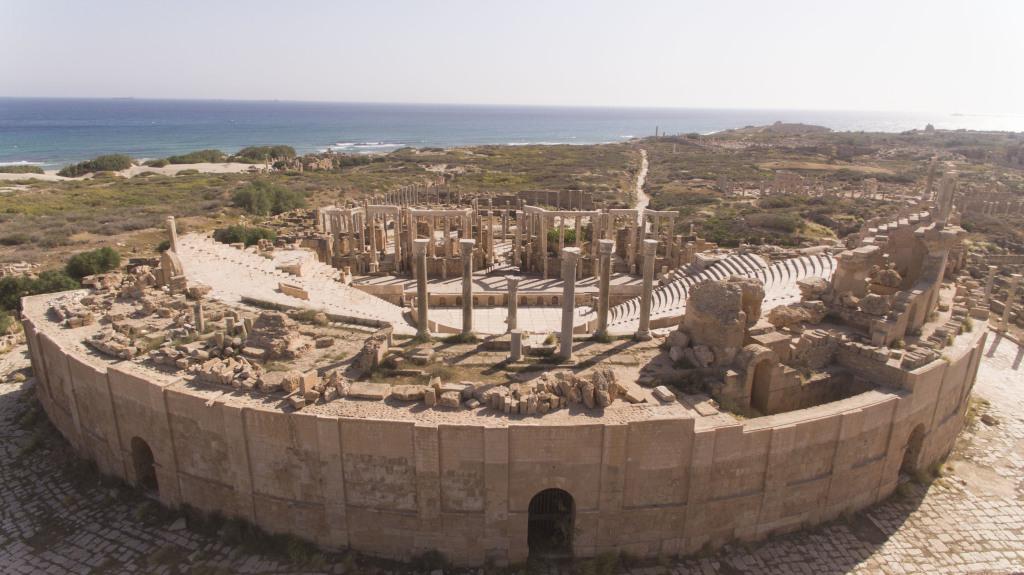 Vue aérienne du théâtre de Leptis Magna, Libye