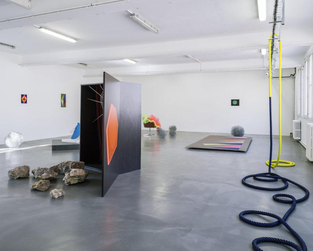 Vue de l'exposition Delphine Coindet, Ventile, 2018 - Le Portique centre régional d'art contemporain du Havre (2)