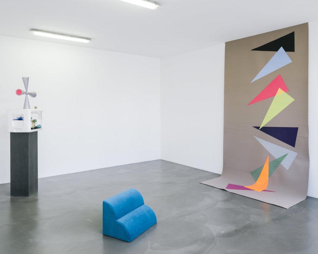 Vue de l'exposition Delphine Coindet, Ventile, 2018 - Le Portique centre régional d'art contemporain du Havre (22)