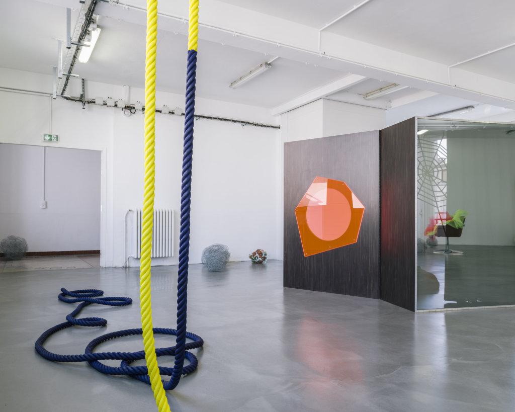 Vue de l'exposition Delphine Coindet, Ventile, 2018 - Le Portique centre régional d'art contemporain du Havre (5)