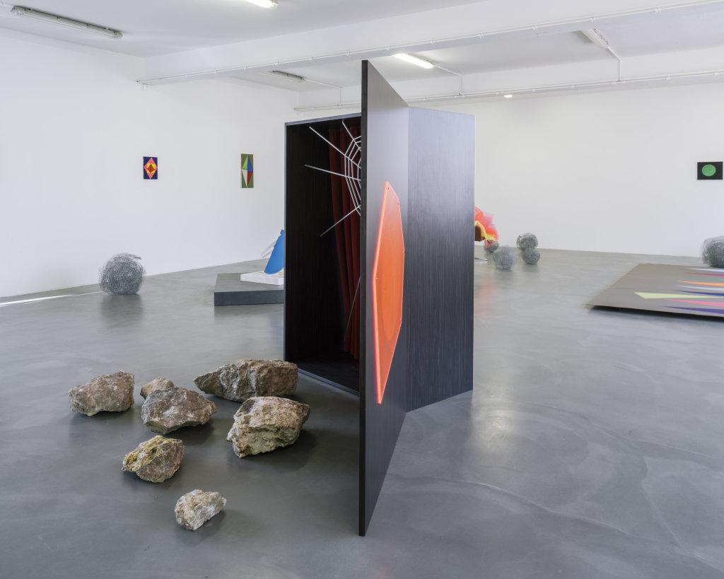 Vue de l'exposition Delphine Coindet, Ventile, 2018 - Le Portique centre régional d'art contemporain du Havre (9)