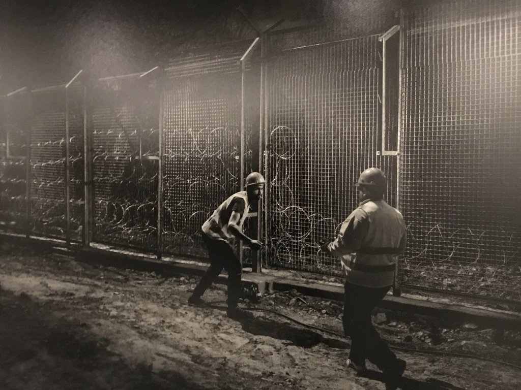Vue de l'exposition Alex Majoli, scene - Le Bal - Paris (23)