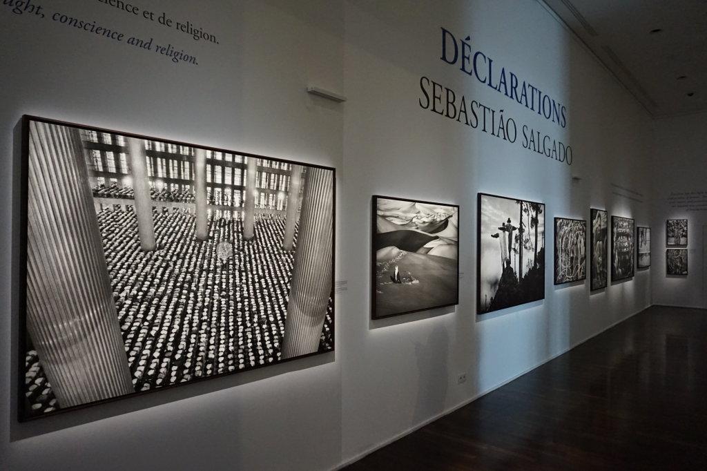 Vue de l'exposition Déclarations, Sebastião Salgado, Musée de l'Homme, Paris (1)
