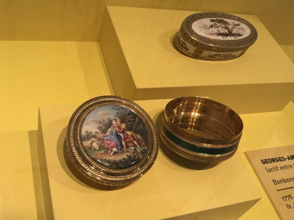 Vue de l'exposition La Fabrique du Luxe - Musée Cognacq-Jay (17)