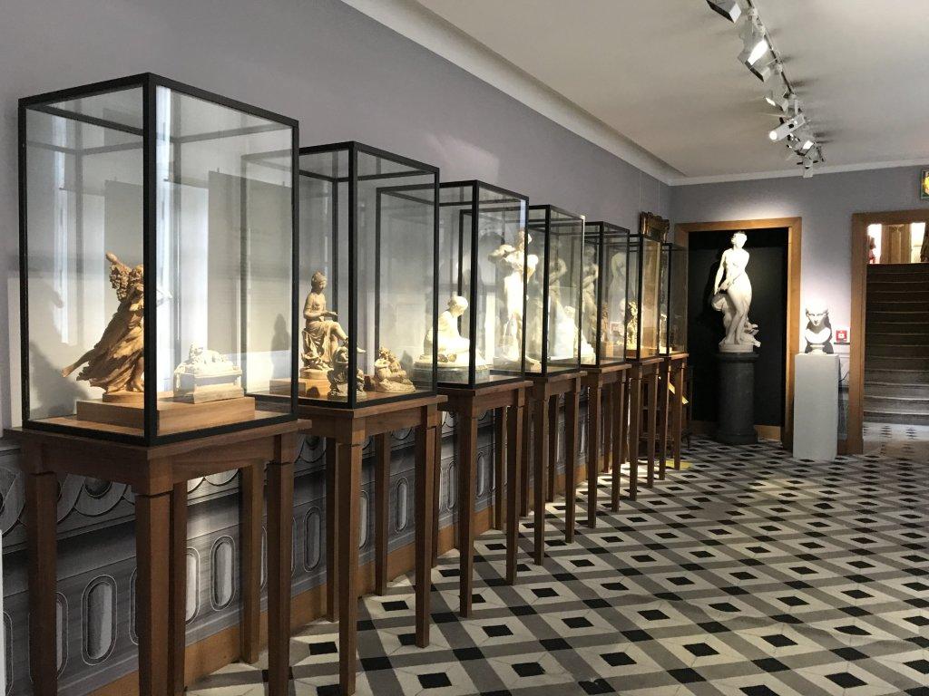 Vue de l'exposition La Fabrique du Luxe - Musée Cognacq-Jay (27)