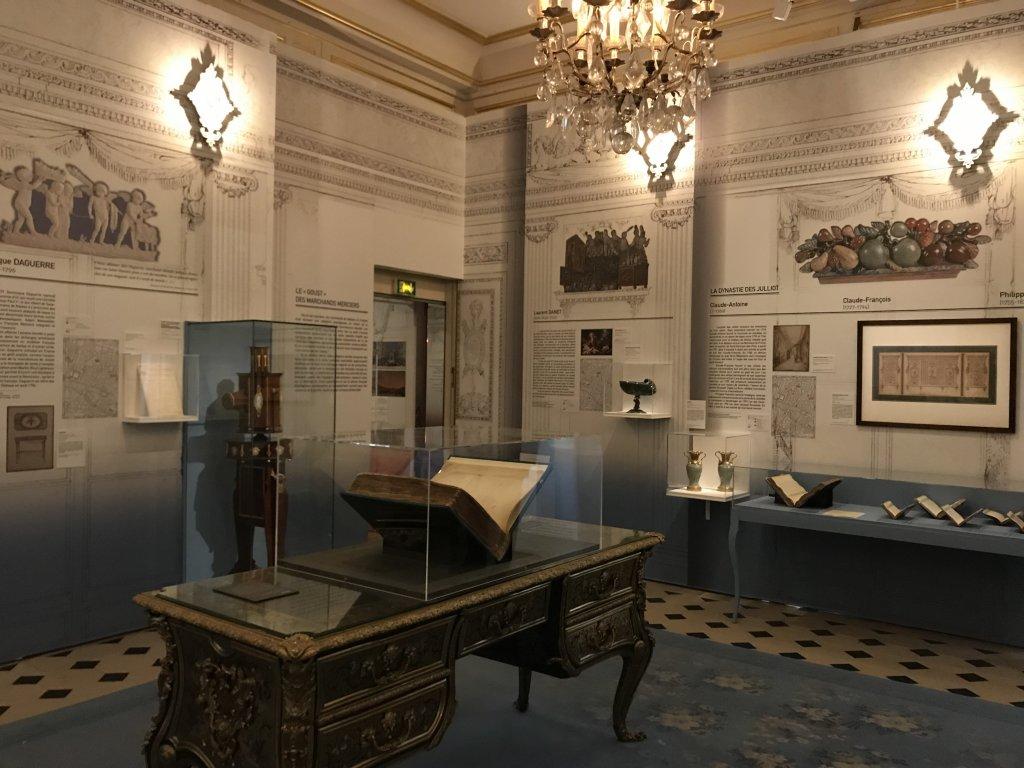 Vue de l'exposition La Fabrique du Luxe - Musée Cognacq-Jay (41)
