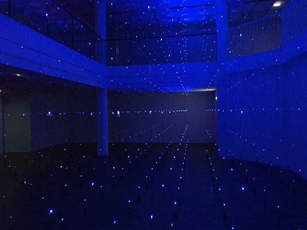 Vue de l'exposition Light matters - Fondation EDF (6)