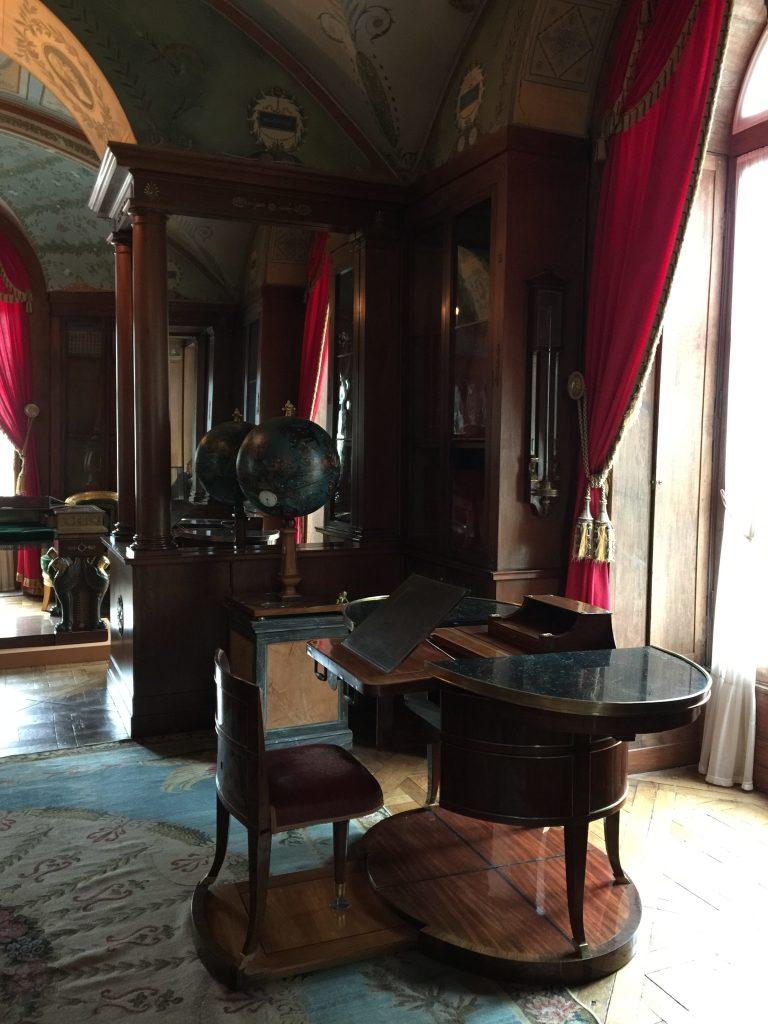 Vue de l'exposition Meubles à Secrets secrets de meubles - Château La Malmaison (13)