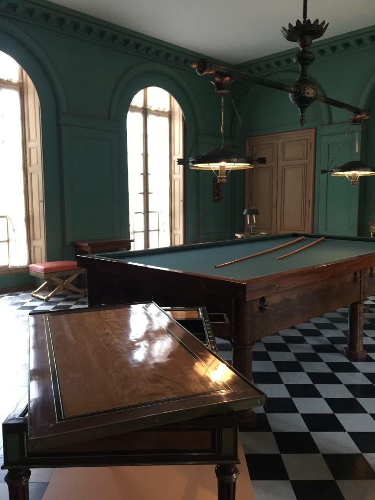 Vue de l'exposition Meubles à Secrets secrets de meubles - Château La Malmaison (14)