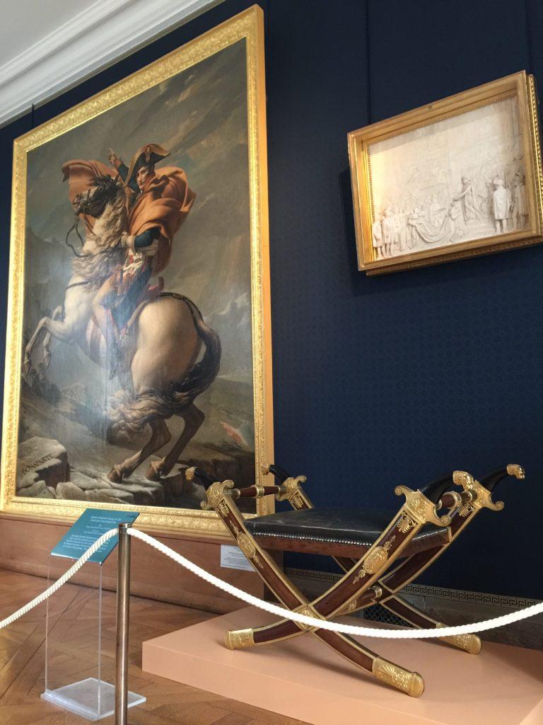 Vue de l'exposition Meubles à Secrets secrets de meubles - Château La Malmaison (22)