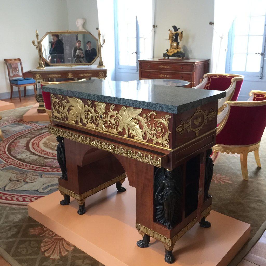 Vue de l'exposition Meubles à Secrets secrets de meubles - Château La Malmaison (25)