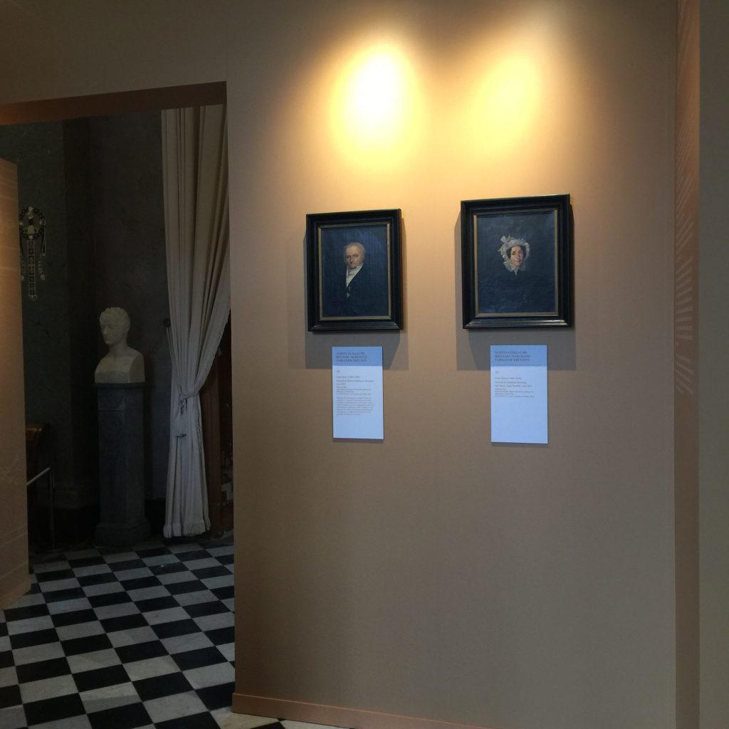 Vue de l'exposition Meubles à Secrets secrets de meubles - Château La Malmaison (5)