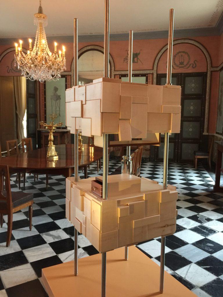 Vue de l'exposition Meubles à Secrets secrets de meubles - Château La Malmaison (6)