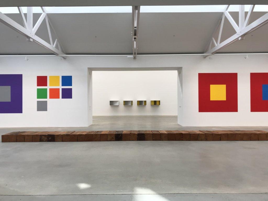 Vue de l'exposition Monumental Minimal - Galerie Thaddaeus Ropac, Pantin (11)