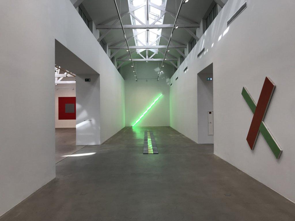Vue de l'exposition Monumental Minimal - Galerie Thaddaeus Ropac, Pantin (12)