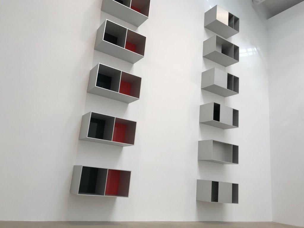 Vue de l'exposition Monumental Minimal - Galerie Thaddaeus Ropac, Pantin (2)