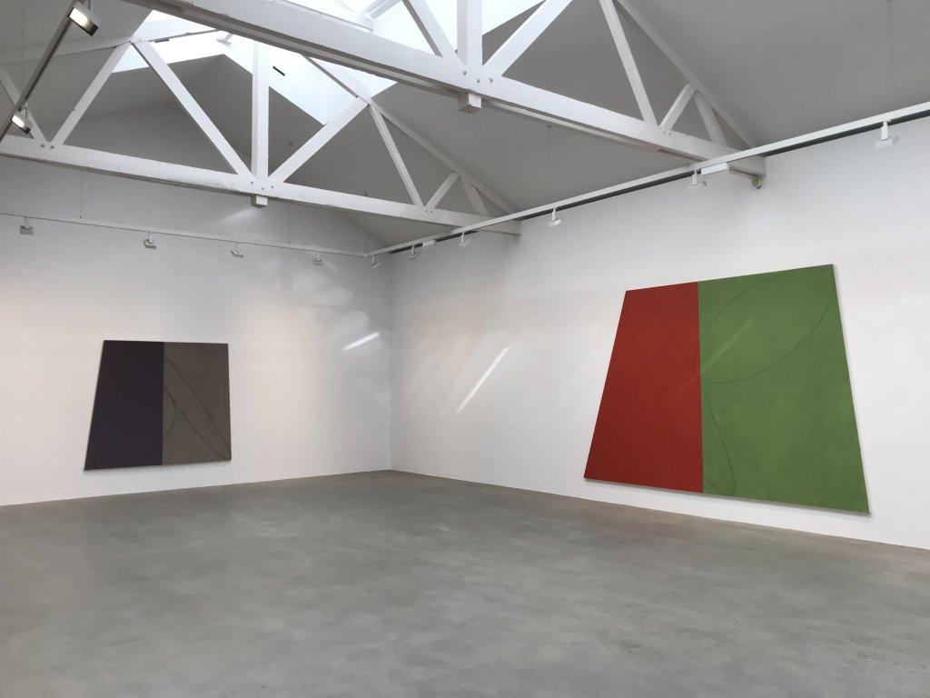 Vue de l'exposition Monumental Minimal - Galerie Thaddaeus Ropac, Pantin (26)