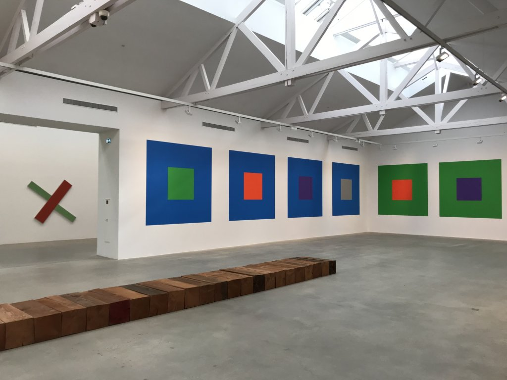 Vue de l'exposition Monumental Minimal - Galerie Thaddaeus Ropac, Pantin (4)