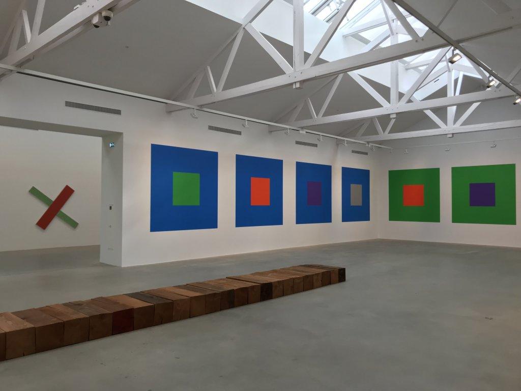 Vue de l'exposition Monumental Minimal - Galerie Thaddaeus Ropac, Pantin (5)