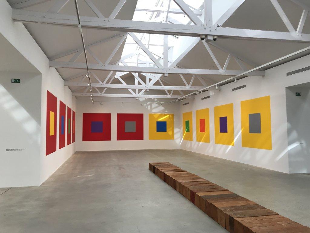 Vue de l'exposition Monumental Minimal - Galerie Thaddaeus Ropac, Pantin (6)
