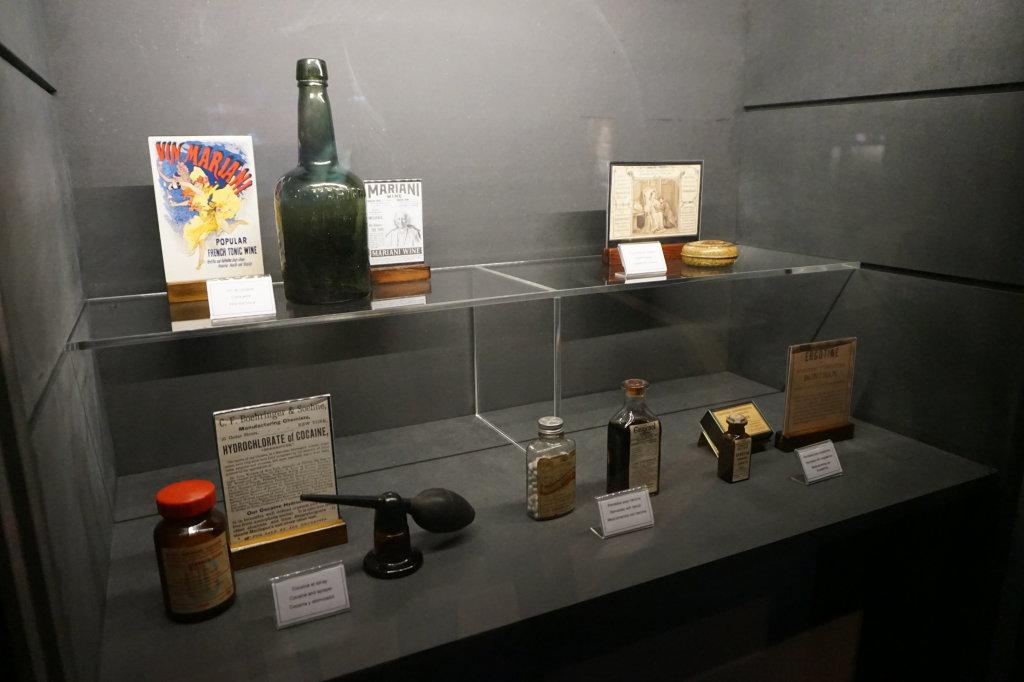 Vue de l'exposition Poison au Palais de la Découverte