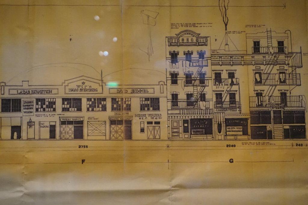 Vue de l'exposition Sergio Leone à la Cinémathèque (32)