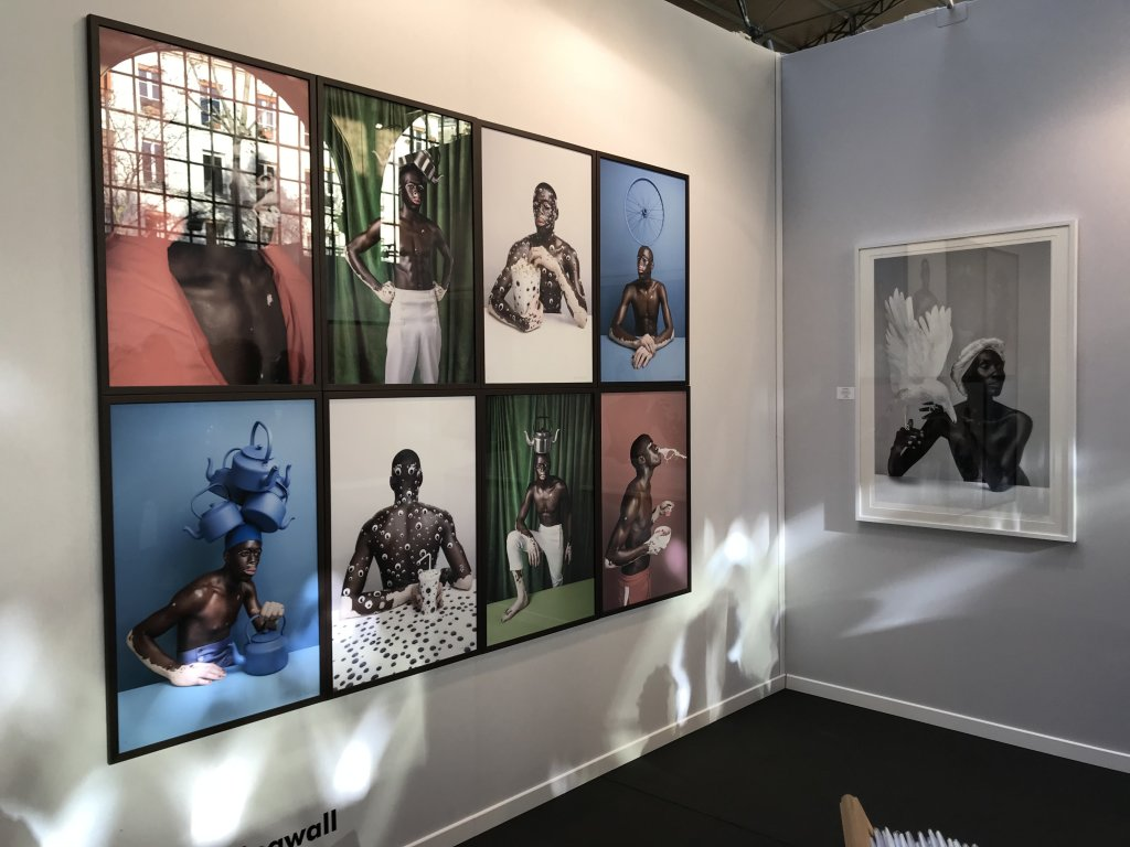 Vue du salon AKAA, Also Known as Africa 2018 - Carreau du Temple (77)