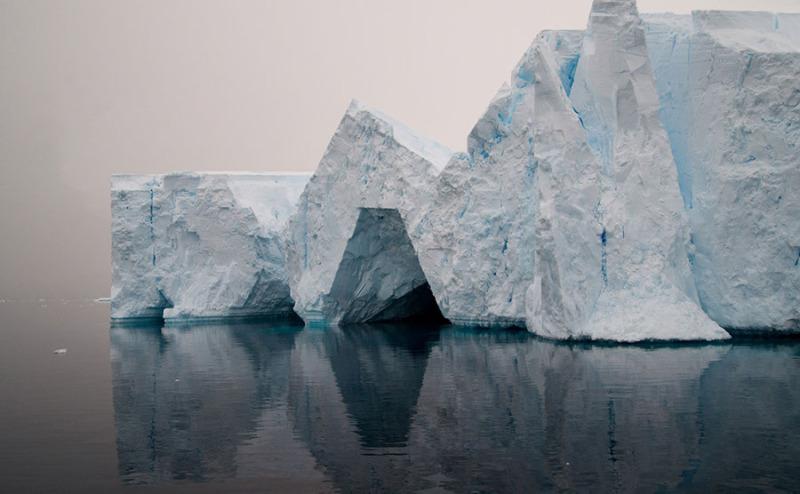2 © Hugo Livet, Dérive (série), photomontages, dimensions variables, 2018