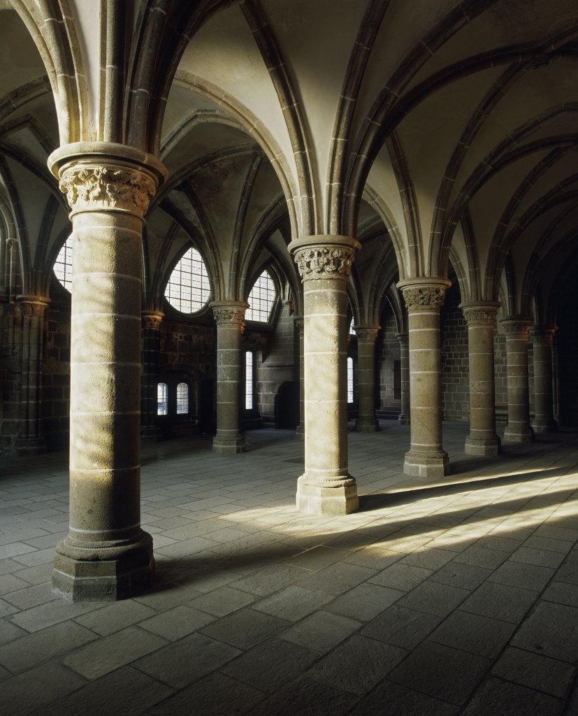 Abbaye du Mont-Saint-Michel, salle des Chevaliers - Mont St. Michel