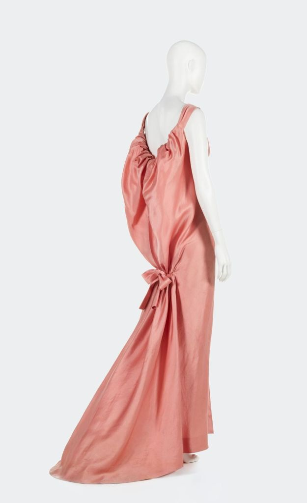 Balenciaga, Robe du soir, Automne Hiver 1961-62 Balenciaga, Evening dress, Fall Winter 1961 - 62