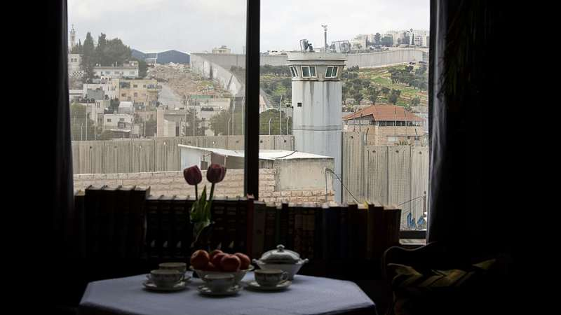 banksy, hotel, (c) Dusan Vranic, AP
