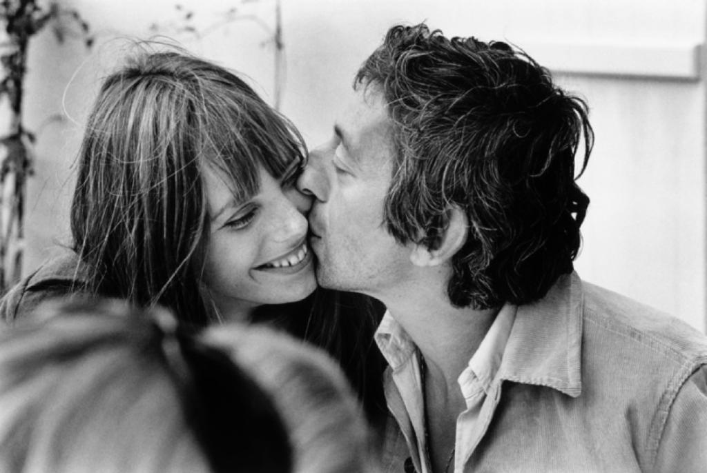 "Tony Frank "" Le Baiser-Serge Gainsbourg & Jane Birkin "" 1965 Tirage argentique, signé Édition limitée # 5/7, 60x80 cm, 9 500 €, Copyright © Tony Frank All rights reserved"