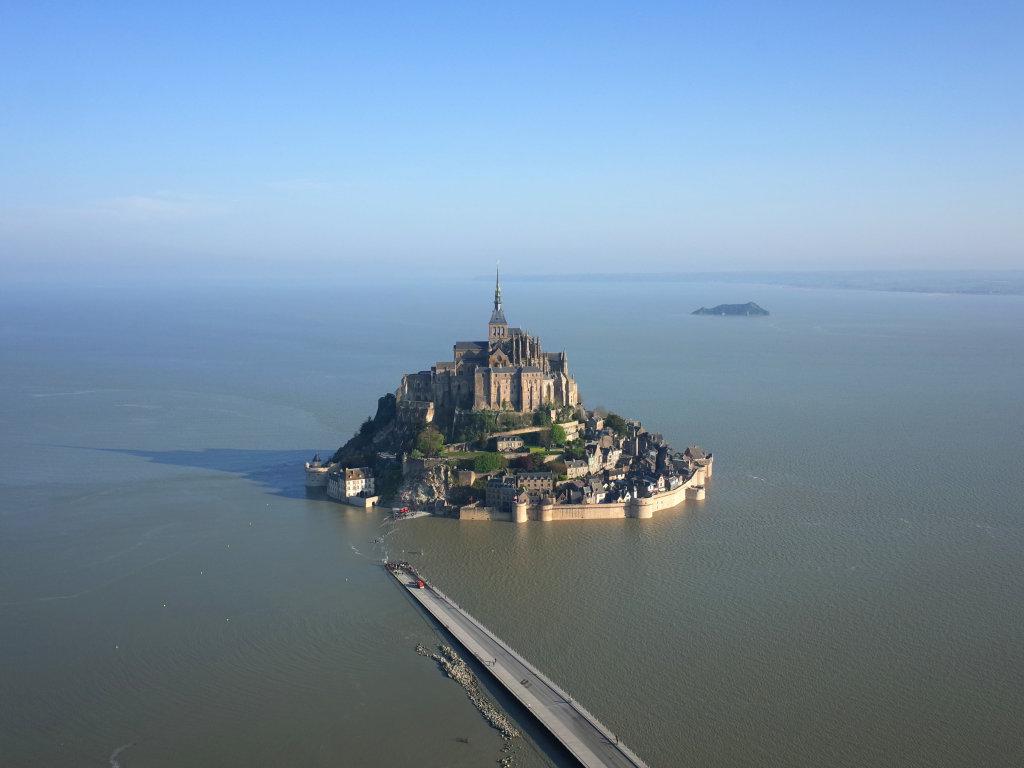 Vue aérienne du Mont St Michel - Mont St. Michel