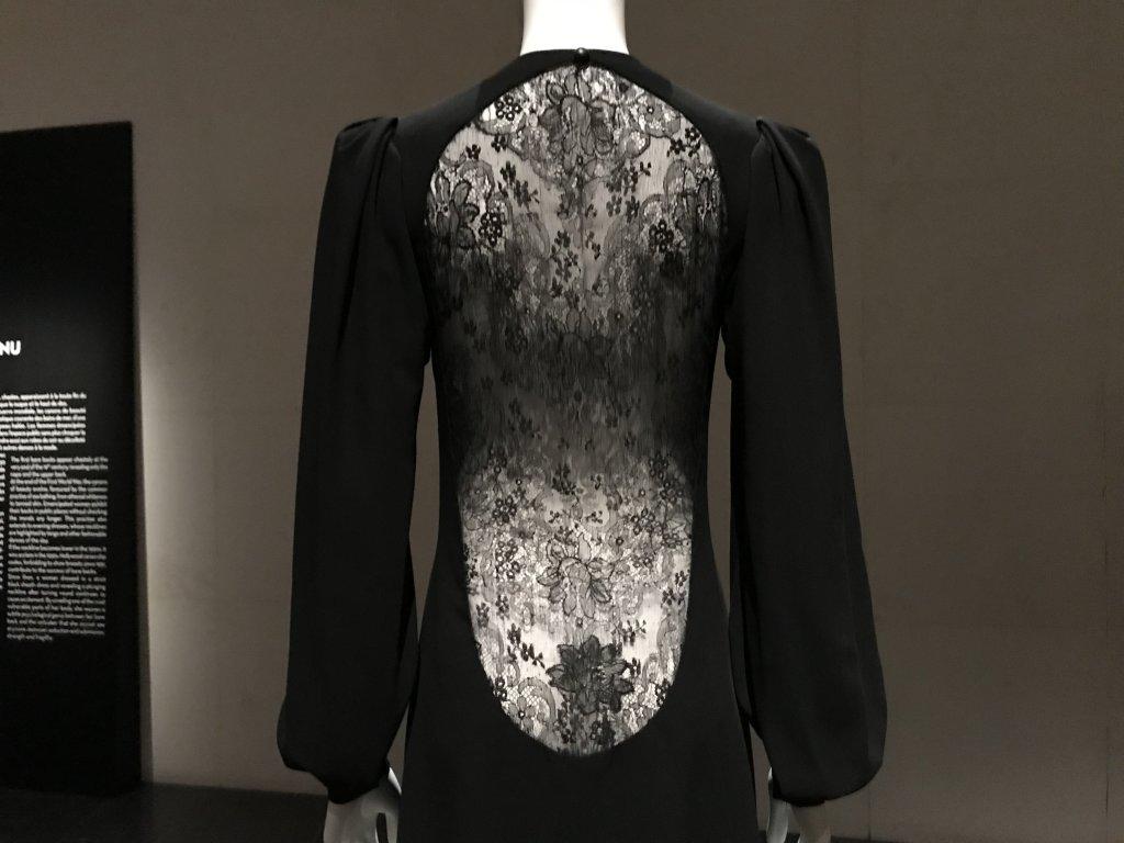 Vue de l'exposition Back Side, Dos à la Mode au Musée Bourdelle à Paris (28)