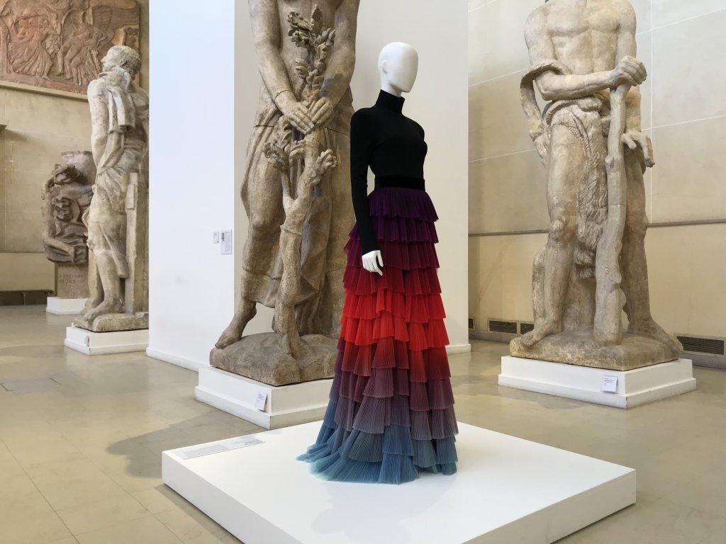 Vue de l'exposition Back Side, Dos à la Mode au Musée Bourdelle à Paris (4)