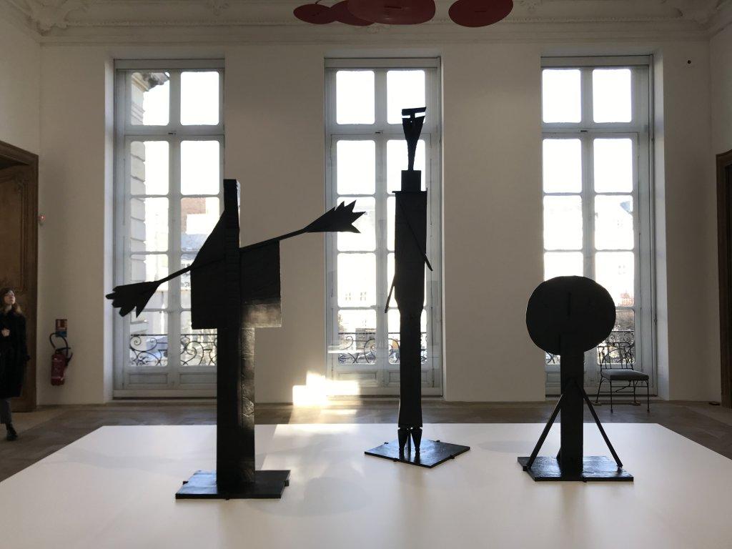 Vue de l'exposition Calder-Picasso, Musée Picasso, Paris (101)