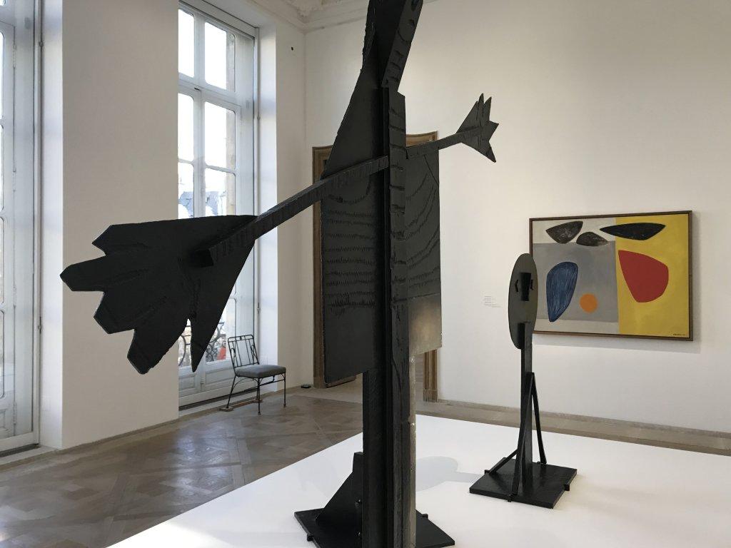 Vue de l'exposition Calder-Picasso, Musée Picasso, Paris (103)