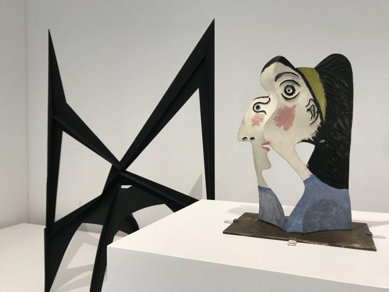 Vue de l'exposition Calder-Picasso, Musée Picasso, Paris (105)