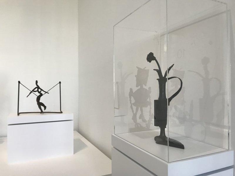 Vue de l'exposition Calder-Picasso, Musée Picasso, Paris (106)