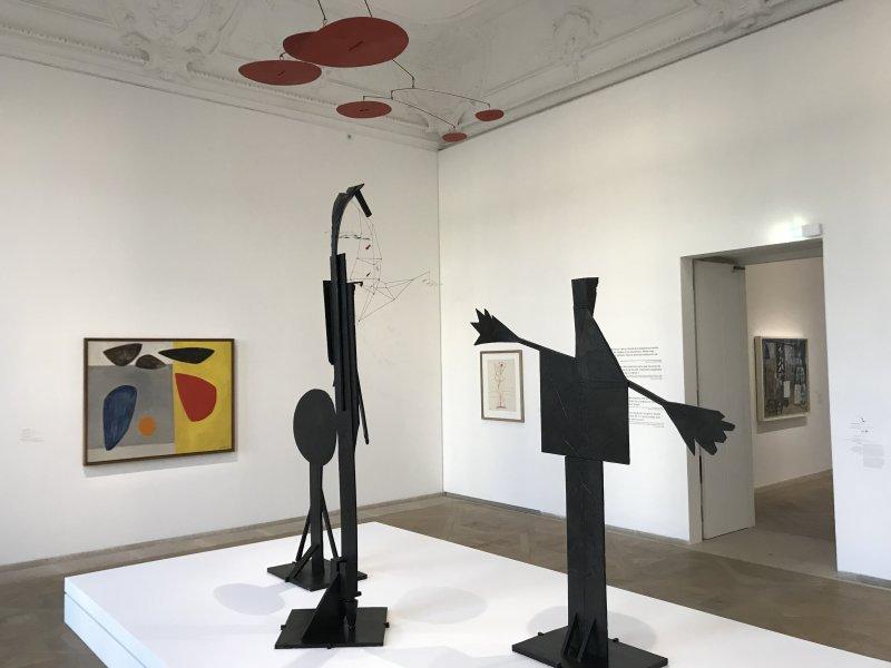 Vue de l'exposition Calder-Picasso, Musée Picasso, Paris (16)