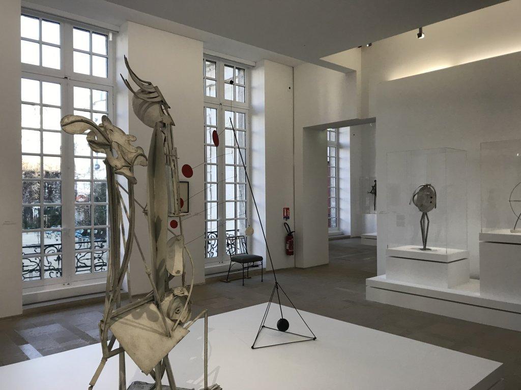 Vue de l'exposition Calder-Picasso, Musée Picasso, Paris (52)