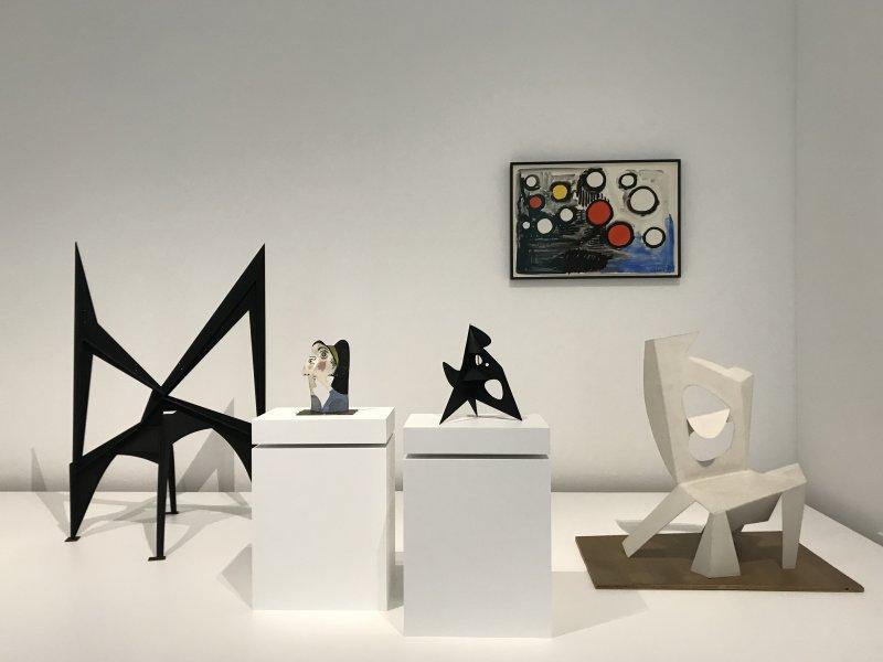 Vue de l'exposition Calder-Picasso, Musée Picasso, Paris (77)