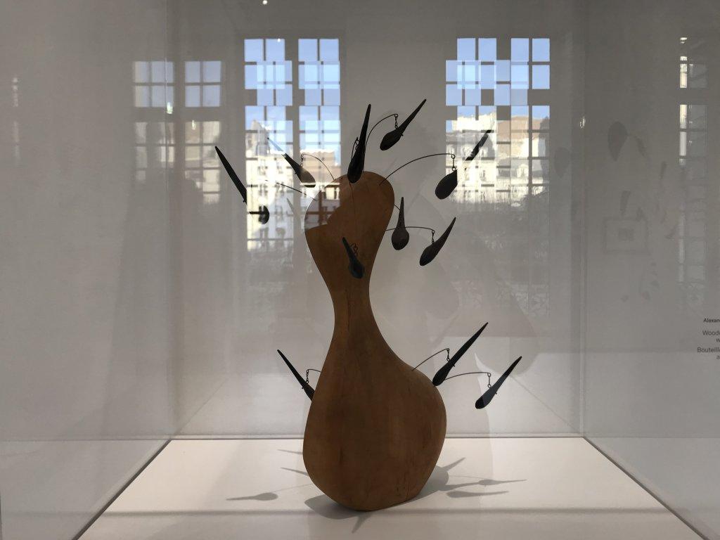 Vue de l'exposition Calder-Picasso, Musée Picasso, Paris (8)