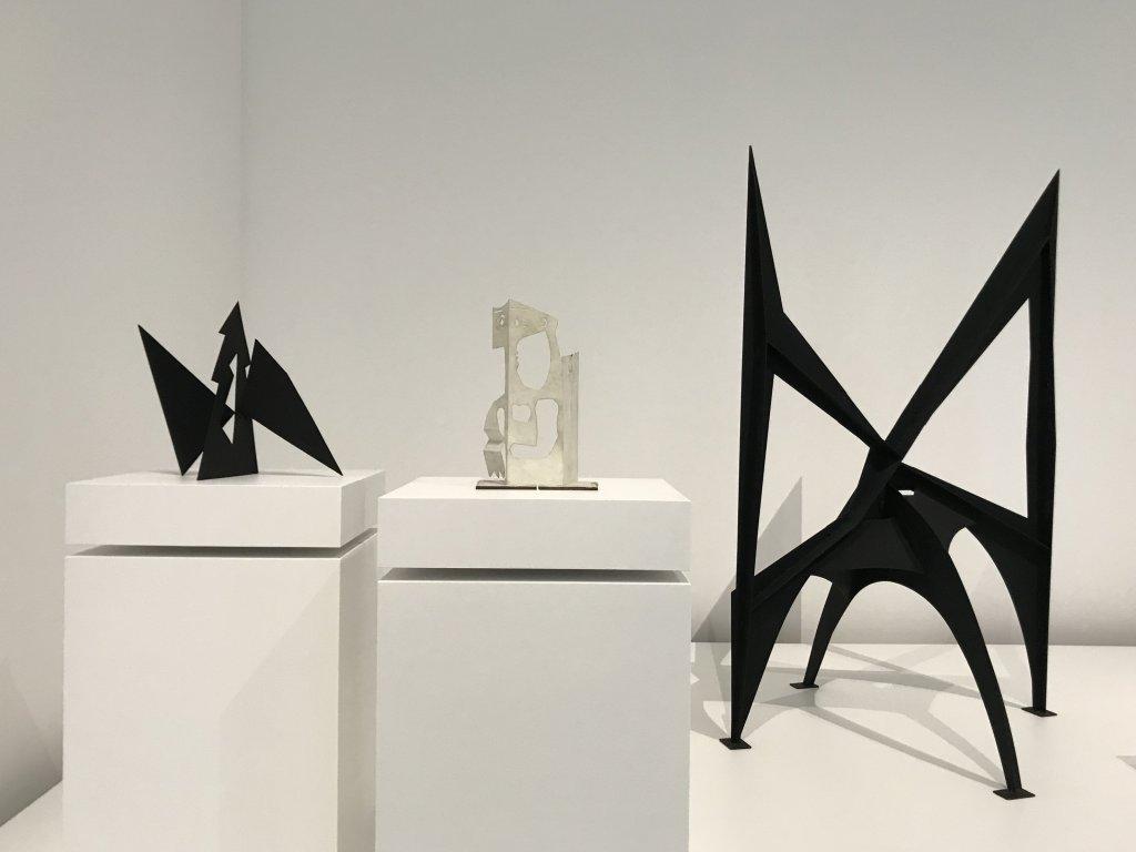 Vue de l'exposition Calder-Picasso, Musée Picasso, Paris (81)