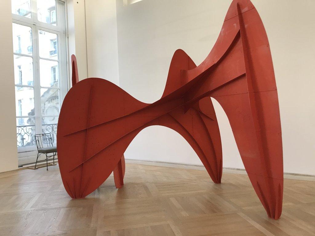 Vue de l'exposition Calder-Picasso, Musée Picasso, Paris (92)