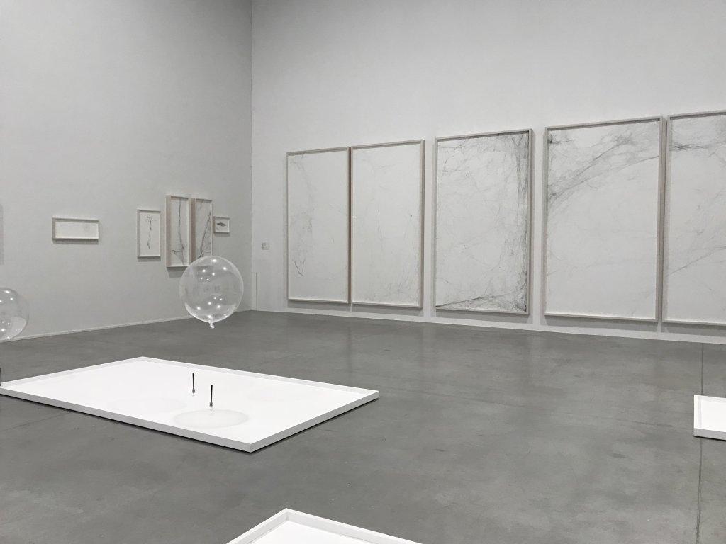 Vue de l'exposition carte blanche à Tomas Saraceno - Palais de Tokyo (34)